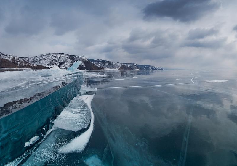 Ice-on-Lake-Baikal-11.jpeg