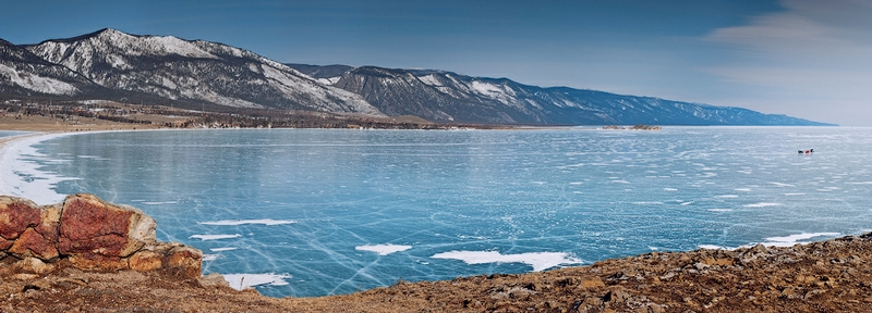 Ice-on-Lake-Baikal-04.jpeg