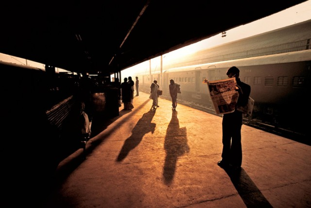 Trains-Steve-McCurry8-640x428.jpeg