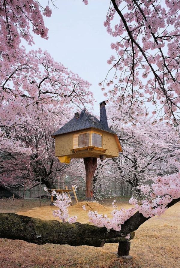 Teahouse Tetsu by Terunobu Fujimori – Hokuto City, Japan
