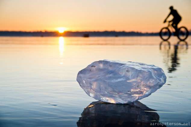 Ice-biking-on-Lake-Michigan-09-634x422.jpg