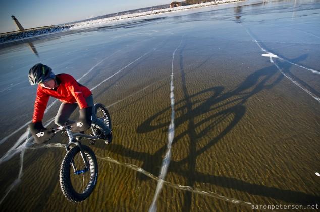 Ice-biking-on-Lake-Michigan-01-634x421 (1).jpg