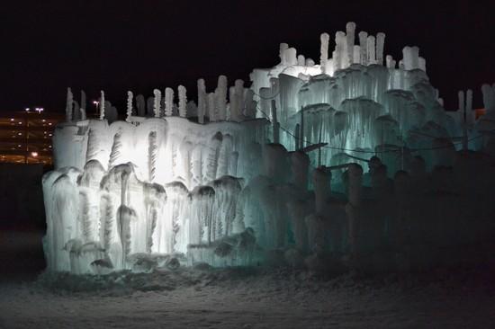 Brent-Christensen-Ice-Castle5-550x366.jpg