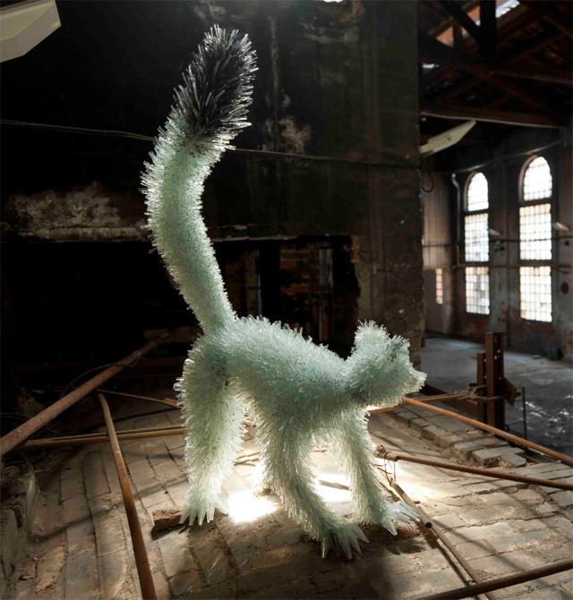 Shattered-Glass-Animals10.jpg