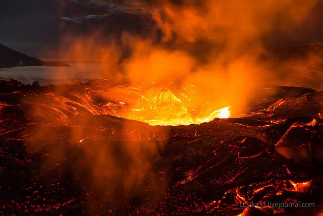 volcano-3.jpg