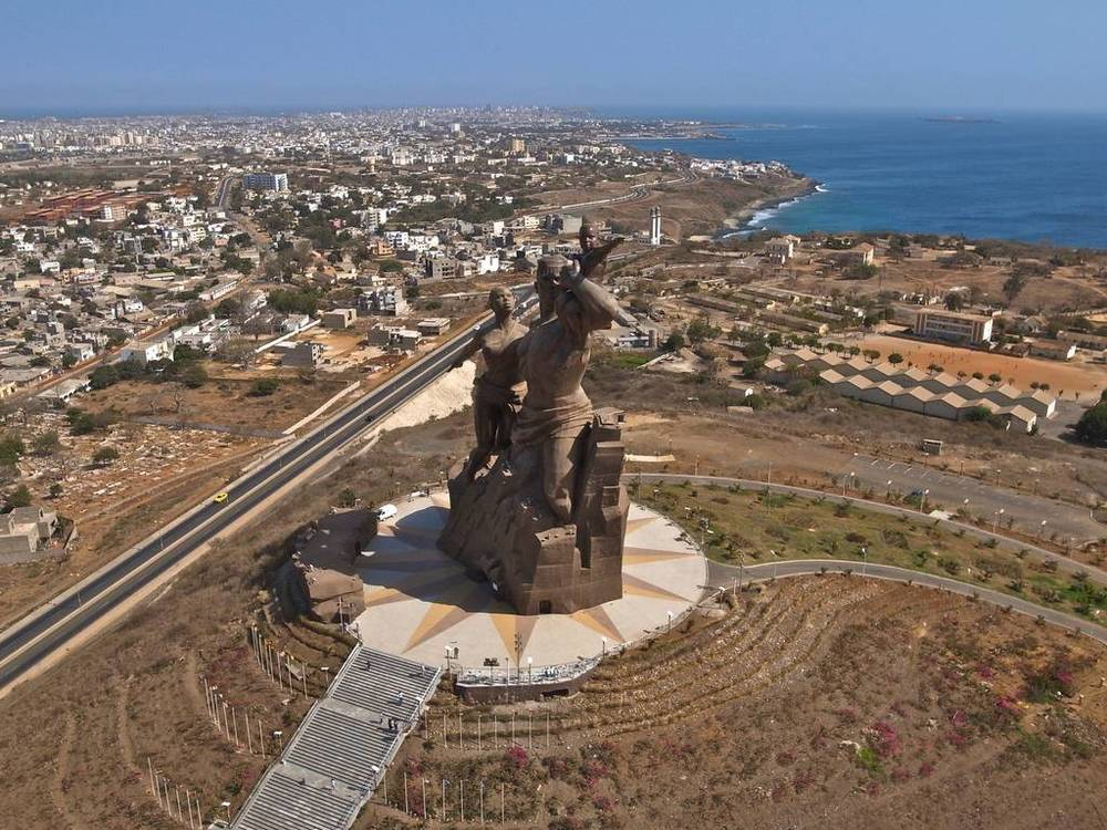 KAP Kite Aerial Photography monument to african rnaissance.jpg