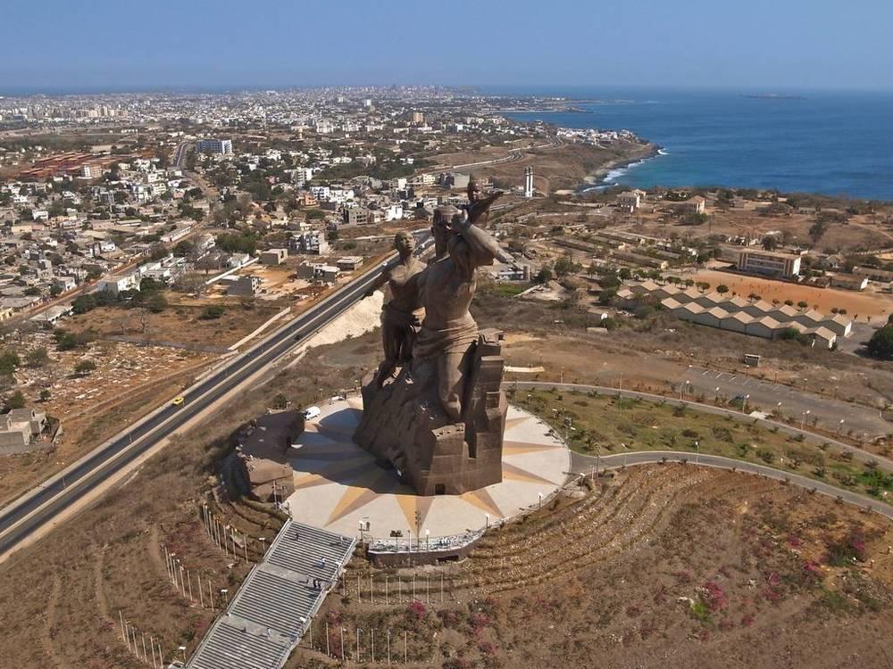 KAP Kite Aerial Photography monument to african rnaissance.jpg