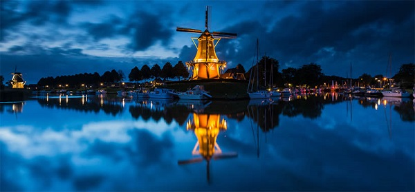 Dokkum, Netherlands by Bas Meelker