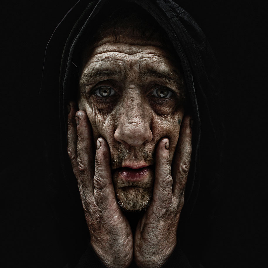 portraits-of-the-homeless-lee-jeffries-2.jpg