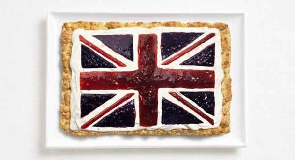 united-kingdom-flag-made-from-food-600x326.jpg