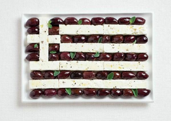 greece-flag-made-from-food-600x424.jpg
