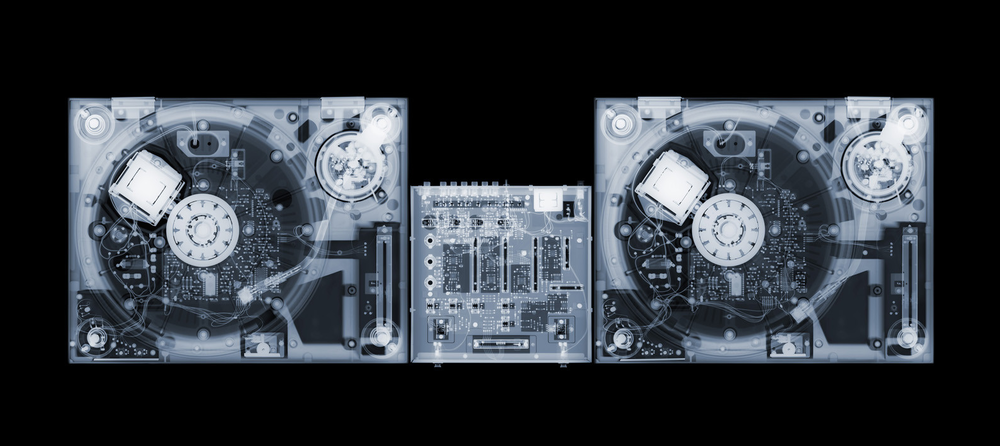 X-Ray-Photography-by-Nick-Veasey-feeldesain-06.png