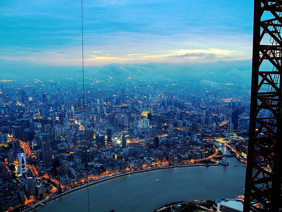 crane-operator-aerial-shanghai-photos-wei-gensheng-5.jpg