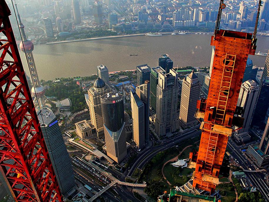 crane-operator-aerial-shanghai-photos-wei-gensheng-12.jpg
