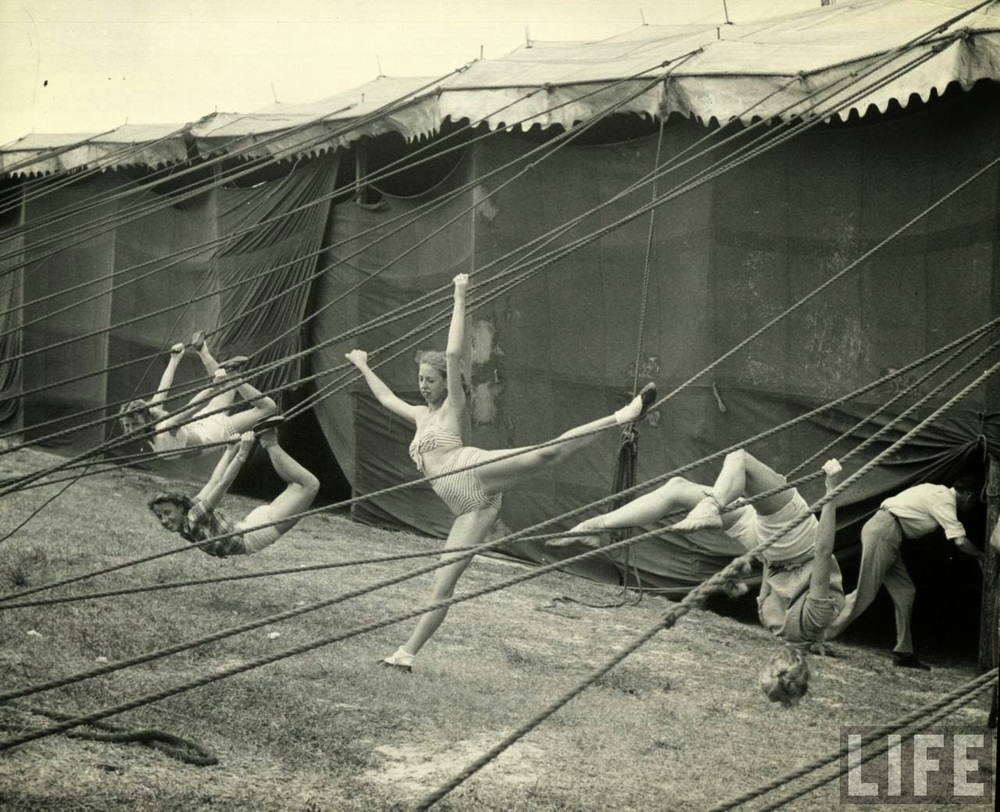 Daily Life of Circus Girls in Sarasota, Florida, ca. 1949 (16).jpg