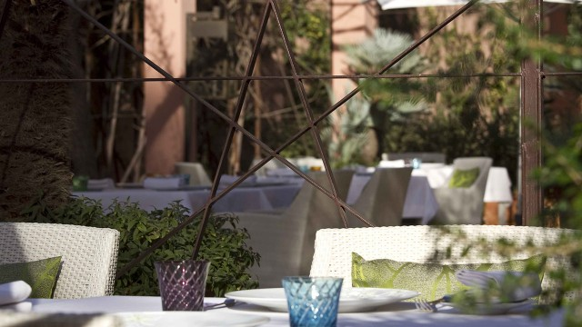 bg-gastronomie-la-table-01-640x360.jpg