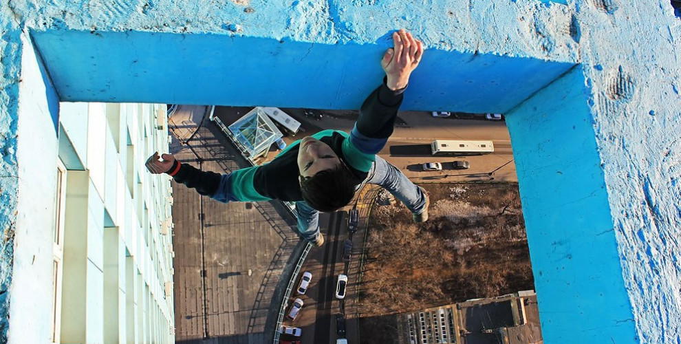 russian-climber-990x500.jpg