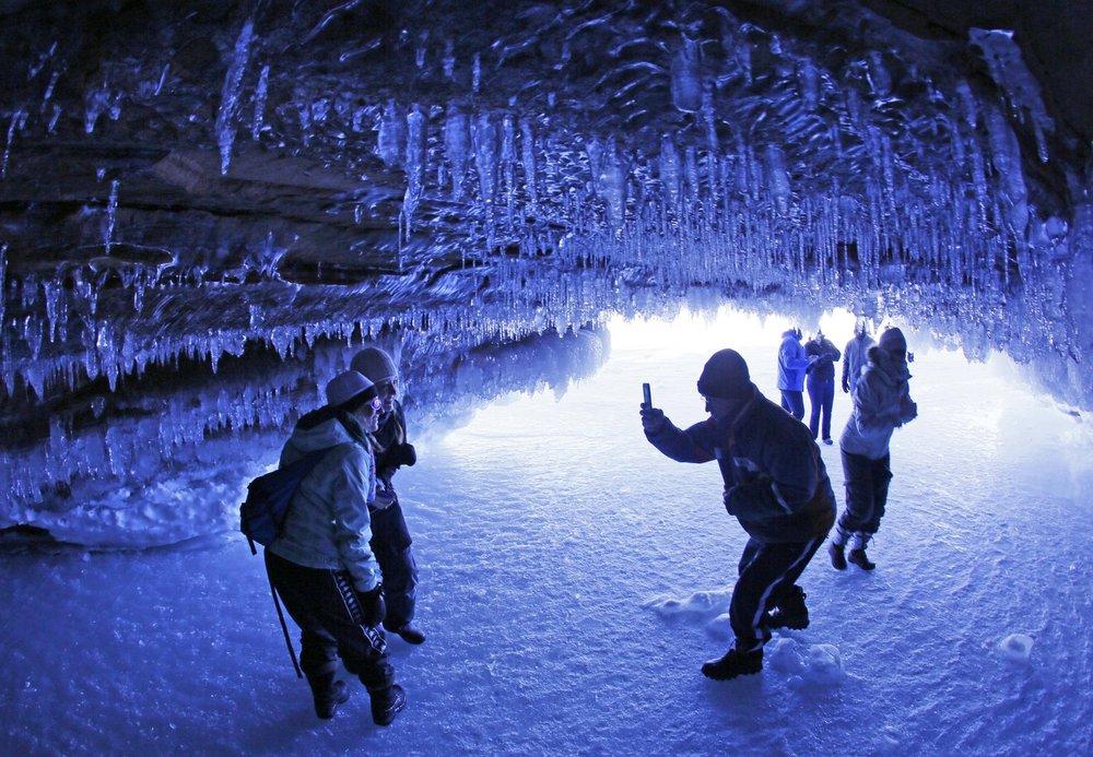 la-ice-caves-20140217-photos-003.jpeg