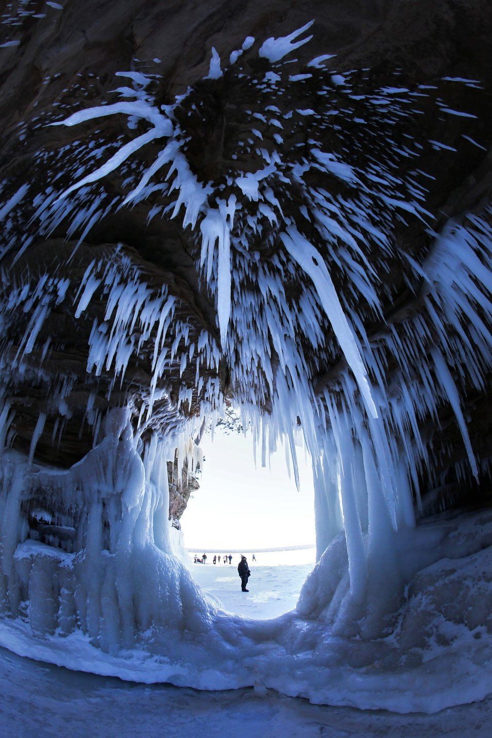 la-ice-caves-20140217-photos-005.jpeg