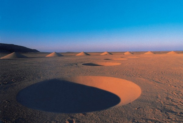 Danae-Stratou-Desert-Breath-10-600x404.jpg