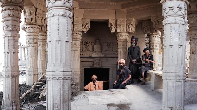 Holy-Men-Of-India18.jpg