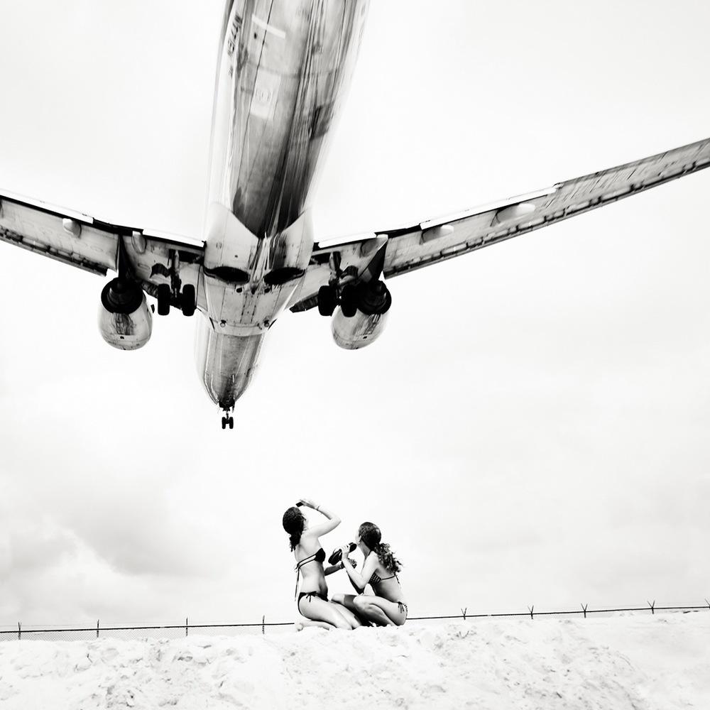 Jet_Airliner_01.jpg.CROP.original-original.jpg