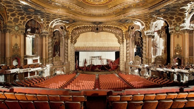 xlarge_loews_kings_theatre_09.jpg