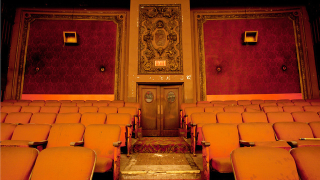 xlarge_loews_kings_theatre_15.jpg