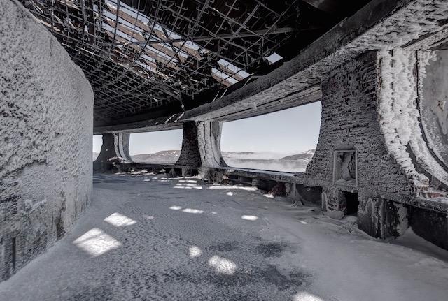 Abandonned-Soviet-Buildings-by-Rebecca-Litchfield2.jpg