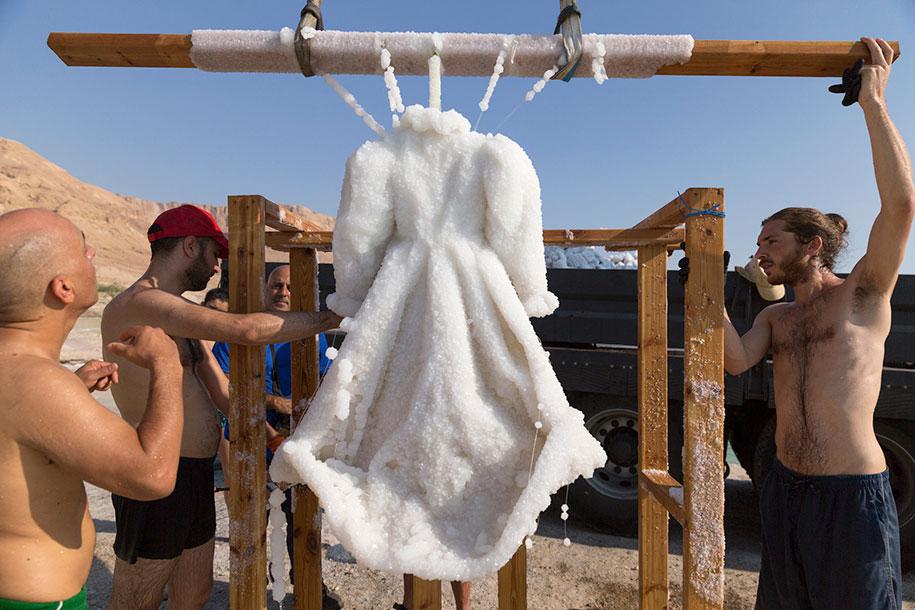 salt-bride-dress-sigalit-landau-dead-sea-7.jpg