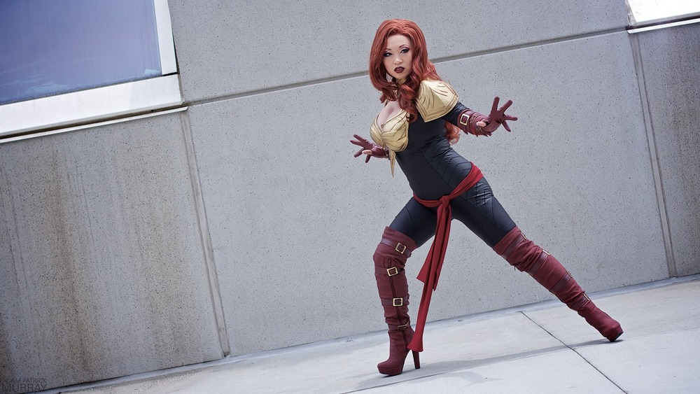 Yaya Han as Phoenix