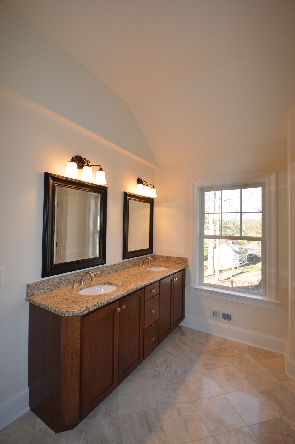 Custom home vanity in Malvern, PA