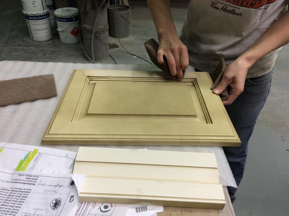 Hand-rubbing glaze