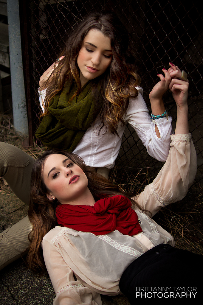 Models: Drea and Tori | Makeup: Lauren O'Jea | Hair: Sarah Harvey | Styling: Collaborative