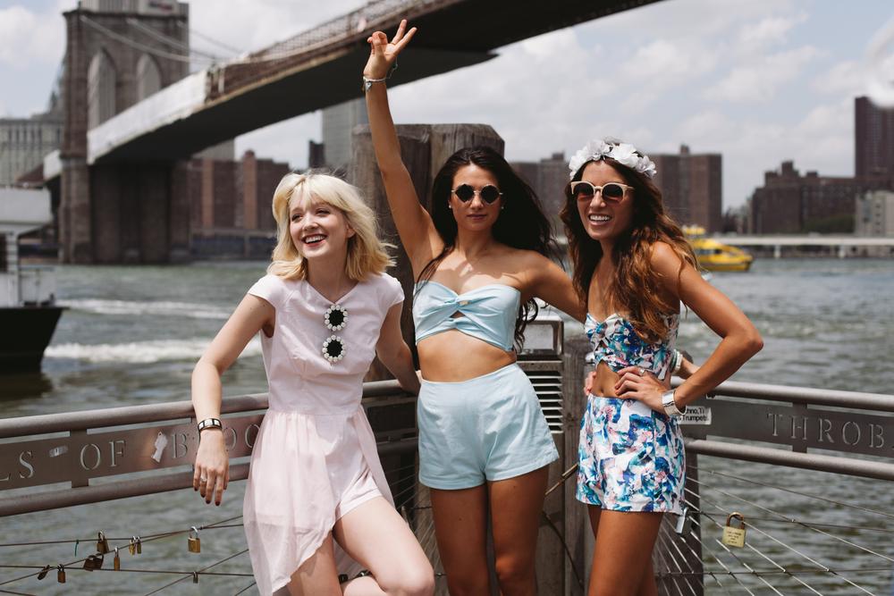 Olivia Taylor - La Voyageuse  ,  Viviere Bella  , and  The Marcy Stop