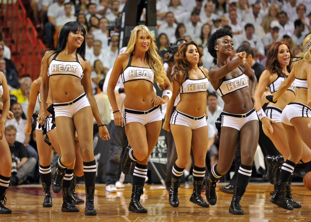 2013-nba-finals-miami-heat-cheerleaders-3.jpg