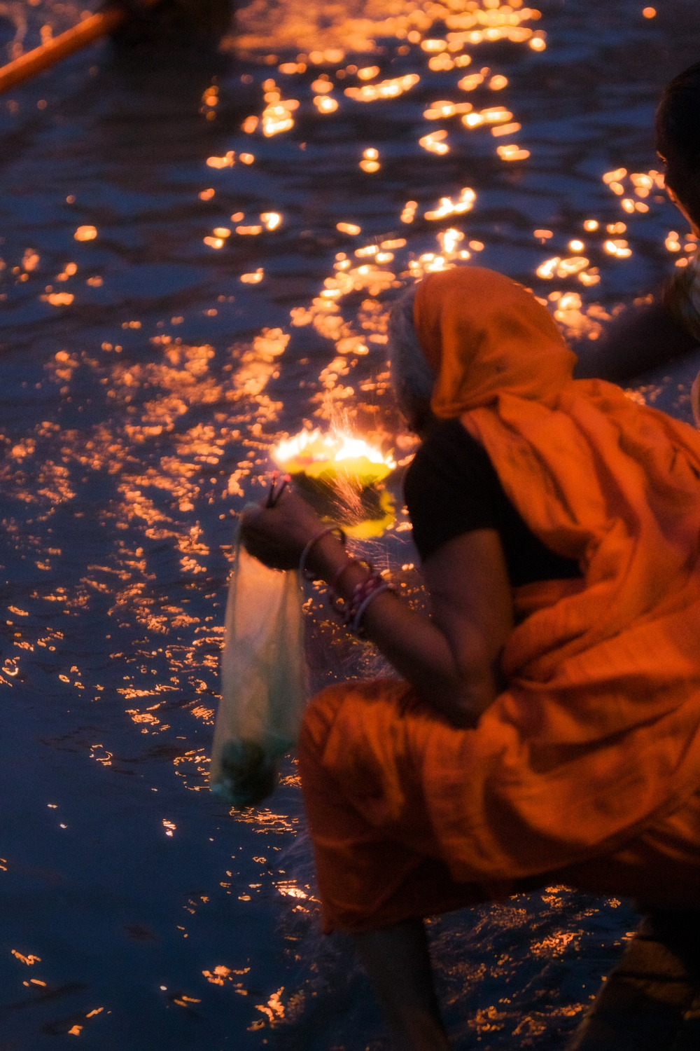 Fire offering on the ganges.jpg