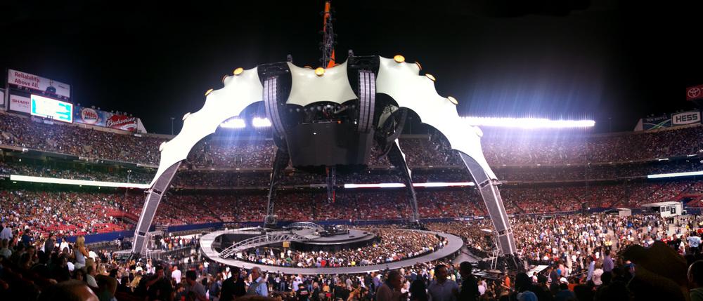 U2 @ Giants Stadium