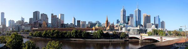 Melbourne skyline from the southbank.