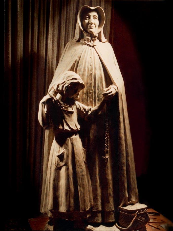 i-mother-pauline-sculpture.jpg