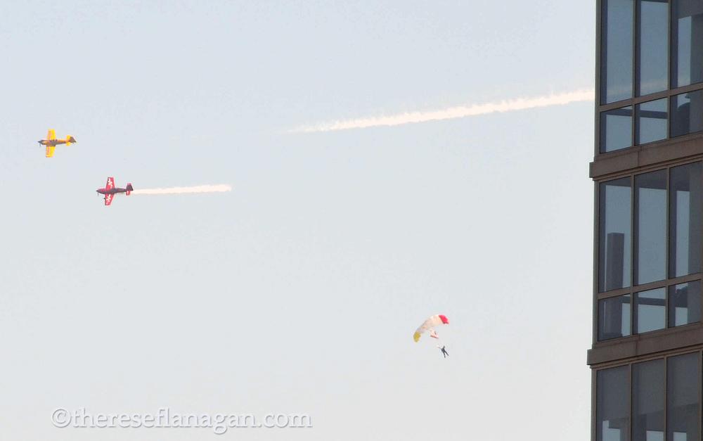 2 planes 1 parachute.jpg
