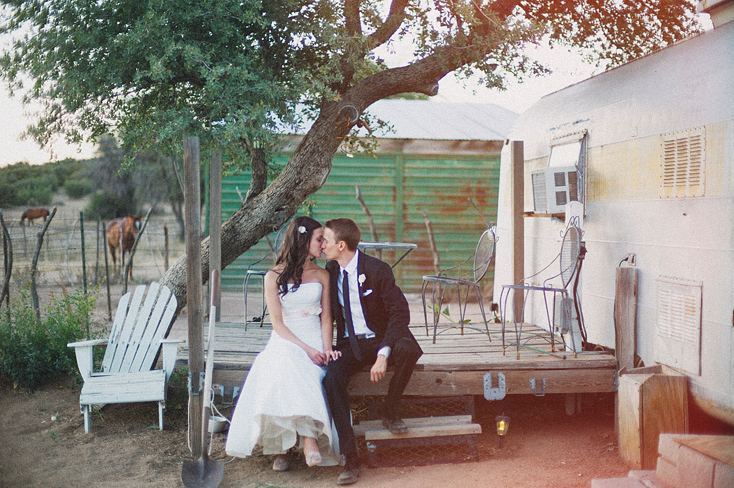 wedding photo airstream