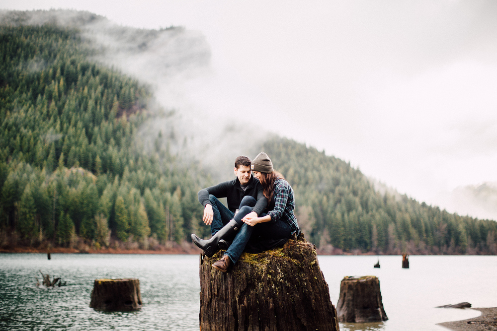 ryan-flynn-photography-rattlesnake-lake-engagement-film-blog-0011.JPG