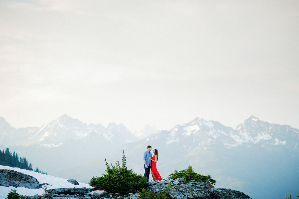 ryan-flynn-seattle-pnw-mountain-engagement-film-0027.JPG