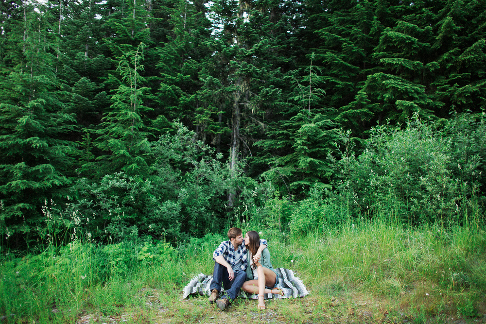 ryan-flynn-seattle-pnw-mountain-engagement-film-0038.JPG