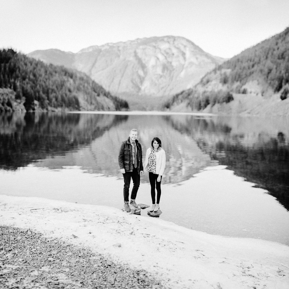 adventure-mountain-engagement-session-lake-diablo-film-0012.JPG