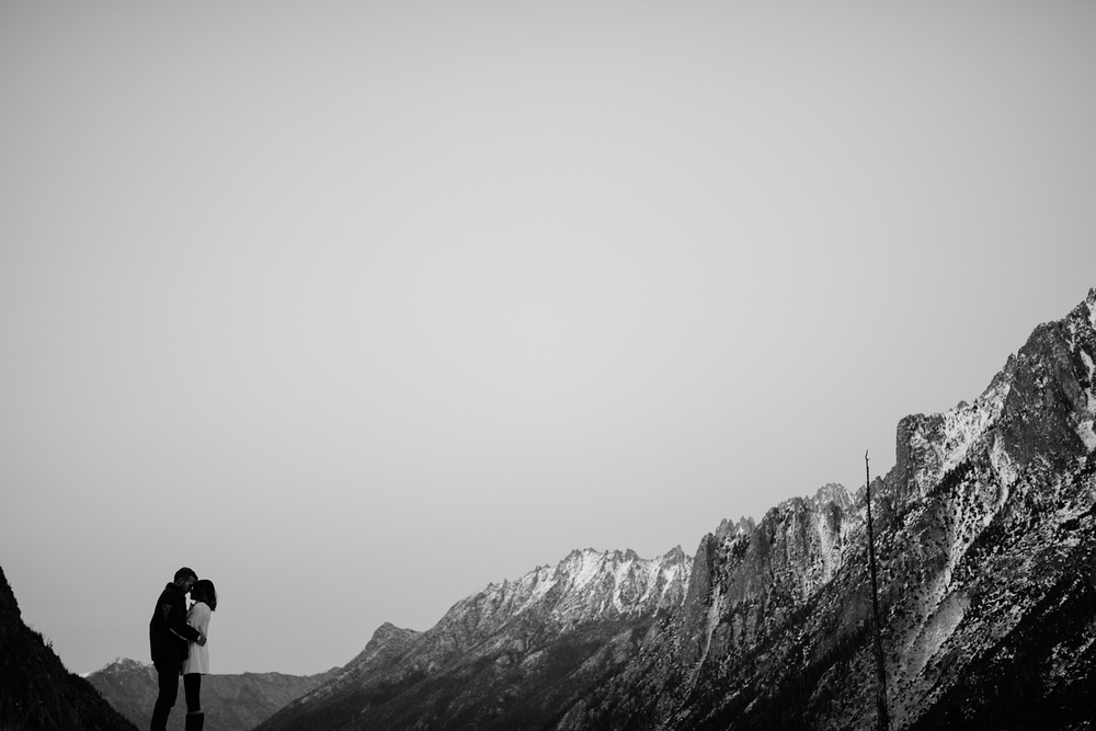 adventure-mountain-engagement-session-lake-diablo-film-0030.JPG