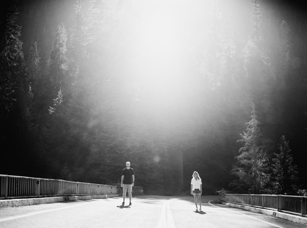 003-mt-rainier-adventure-engagement-session-seattle-film-photographer-ryan-flynn.jpg