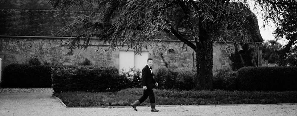 109-french-chateau-destination-wedding-south-france-film-photographer-ryan-flynn.jpg