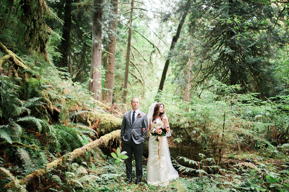 ryan-flynn-best-wedding-photography-2015-seattle-film-photographer-0078.JPG